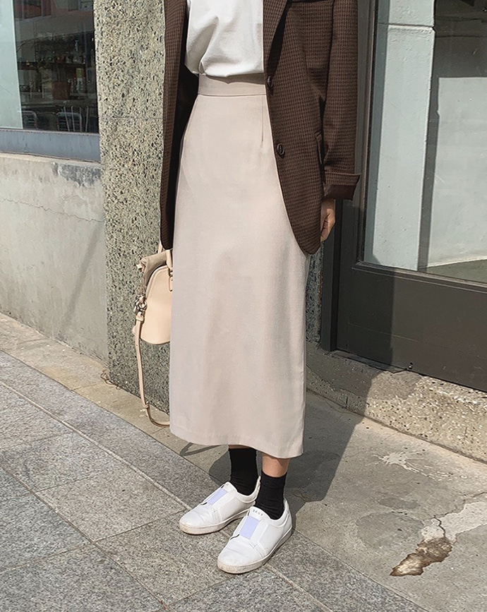 [MM.MADE♥] via skirt (beige)